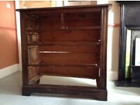 Wooden chest of drawers,