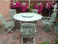 GARDEN TABLE AND 5 CHAIRS