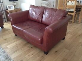 Quality leather suite - two seater settee/sofa and 2 armchairs
