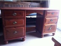 Wooden Dressing Table or Desk with Drawers Needs TLC / Can Deliver