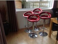 Kitchen bar stool hydraulic adjustable heights in excellent condition