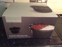 Lakeland divided pot for 6lt slow cooker