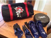 Taekwondo sparing gloves,boots pad and bag