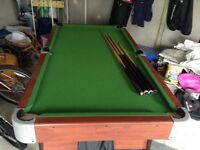 Portable snooker table 180cm X 95cm and 4 cues of various lengths