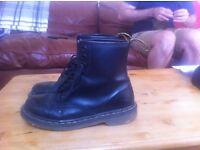 Dr. Marten's 1460 Original, Unisex-Adults' Boots 7