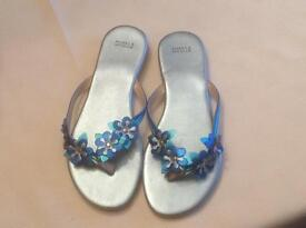 Marks and Spencer Flip flop sandals new without tags size 3