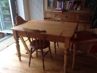 Vintage pine table in great condition