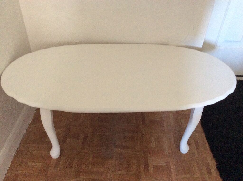 Large wooden coffee table painted in cream old ochre annie for Large cream coffee table