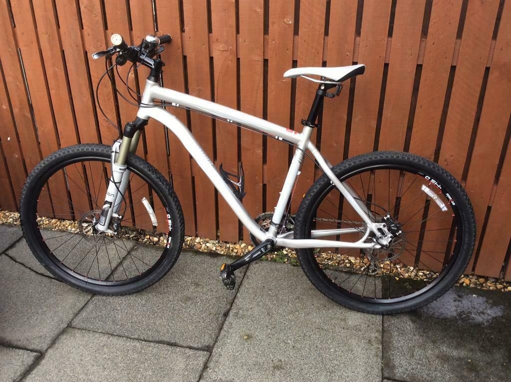 0b1d96bb466 SPECIALIZED Rockhopper Expert mountain bike 19