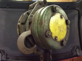 Lifting Hoist For Engines Gearboxes Etc.