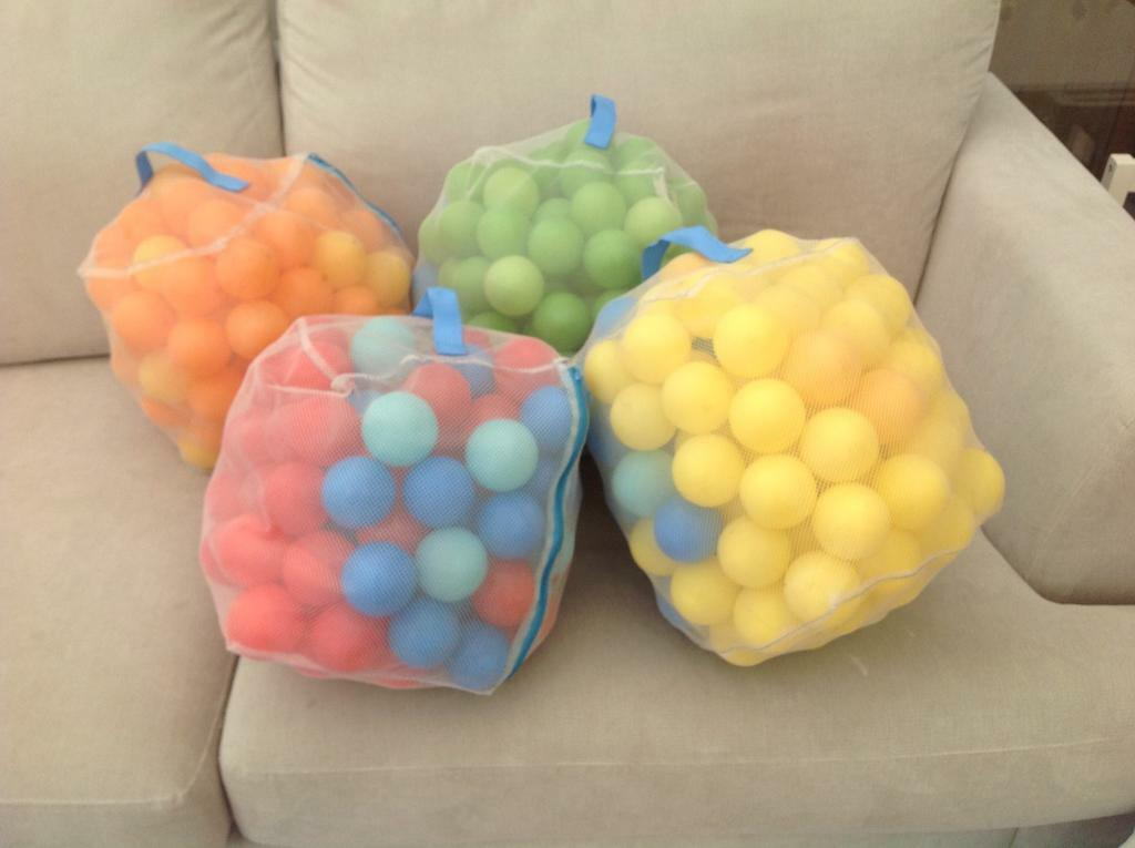 500 balls (approx) for ball poolsin Kingston, LondonGumtree - Four bags (with carry handles) of approx 500 plastic balls for use in ball pools light blue, dark blue, red, yellow, green, orange. In excellent condition. Collection from New Malden