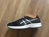 Asics Mens Patriot 8 Trainers - Size 8.5 - Hardly worn - Great Condition