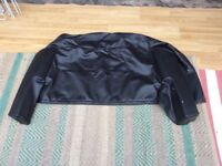Soft top cover for a Peugeot 105.