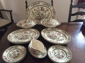 INDIAN TREE DINNER SET all in excellent condition