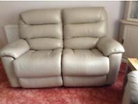 Laz-boy 2 seater leather manual recliner.