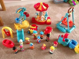 Happyland Fairground Set with Extras