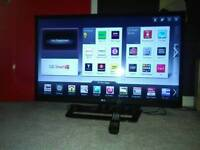 LG 42 inch EdgeLED Smart TV with Wi-Fi Apps and Freeview HD