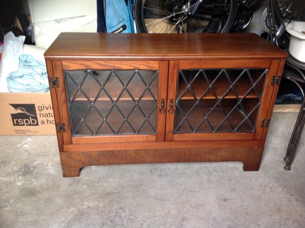 Storage cupboards with genuine leaded glass doors