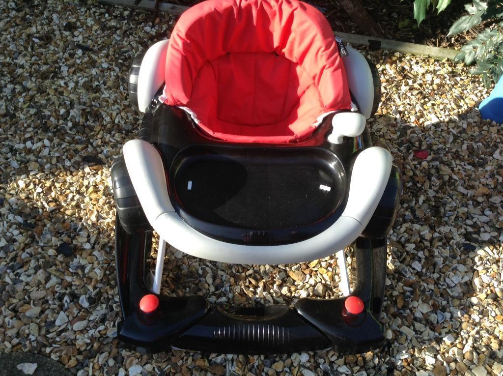 Baby walker black &. White