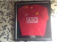 Signed Framed Manchester United football top