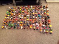 FISHER PRICE LITTLE PEOPLE ***Amazing collection*** around 394 pieces. Playhouse. Airport. Zoo.