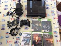 Xbox 360S console with 5 games and accessories