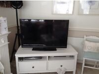 Toshiba 40 inch tv spares or repairs