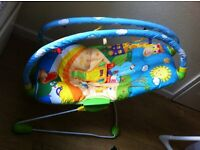 Baby rocking chair in very good condition