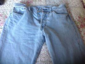 Men's Levi 501 jeans size 32 waist 30 leg