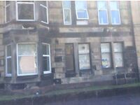 STUDIO FLAT, GROUND FLOOR, PAISLEY. £280 PCM. UNFURNISHED.