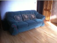 Lovely Green sofa, in good condition
