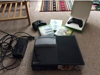 XBOX one 500gb, two controllers and 3 games.