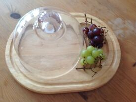 Cheese board and dome, excellent condition, never used