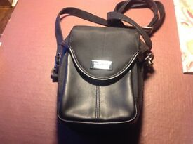 """Targus camera case. Hardly used. 8"""" X 6"""" X 2.5"""" approx."""