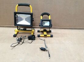Pair of Rechargeable Cordless Mobile Portable Work Site Light 1 x 5W 1 x 10W