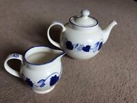 ❤️ vgc Poole Pottery teapot and milk jug, vintage blue vine and grape crockery design
