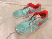Brand new Ladies Nike trainers size 5.5
