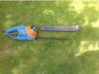 Power base hedge trimmer
