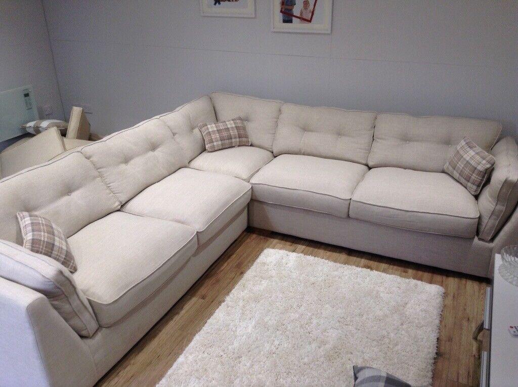 Fabulous Brand New Large Corner Sofa In Eastleigh Hampshire Gumtree Home Interior And Landscaping Mentranervesignezvosmurscom