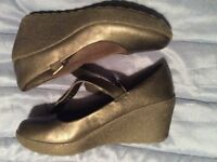NEW black leather wedge shoes. .... Clark's wide cushioned fit