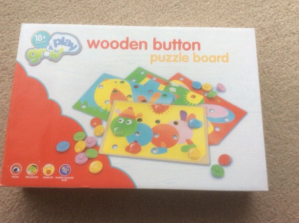 Brand new Wooden button puzzle board toy