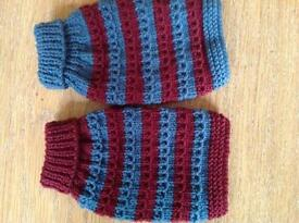 2 X small dog puppy hand-knitted jumpers length 6""