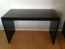 Desk - Black high gloss