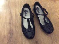 Size 6 kicker dolly shoe