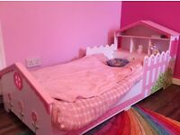 Kiddcraft Toddler Bed - barely used with mattress