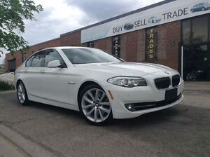 2011 BMW 5 Series 535i | NAVIGATION | FRONT & REAR PARKING SENSO