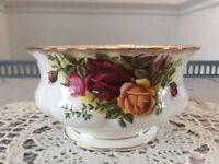 Royal Albert Bone China Sugar Bowl. Old Country Roses. 1st Quality.