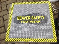 Brand New in Box Beaver size 10 eu 44 Steel Toe Cap Boots £17 ono