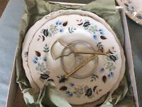 Lovely bone china vintage tea set Colclough Linden pattern.