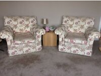 LAST OPPORTUNITY to take this 3 piece suite, settee shows signs of wear.